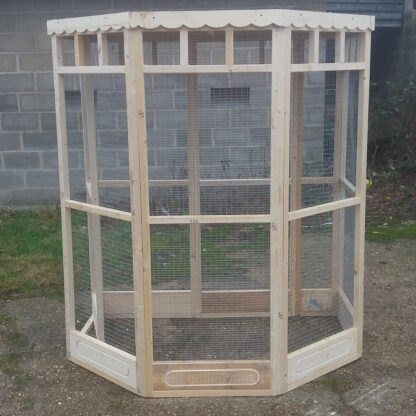 Flat Back Aviary (meshed back with 150mm kickboards) Unpainted