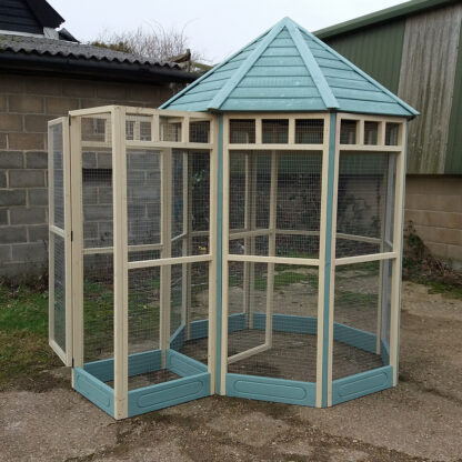 Octagonal Aviary - Safety Porch (kickboard) in Blue & Cream