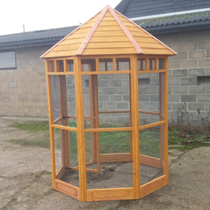 Octagonal Aviary with 150mm kickboard - Golden Chestnut