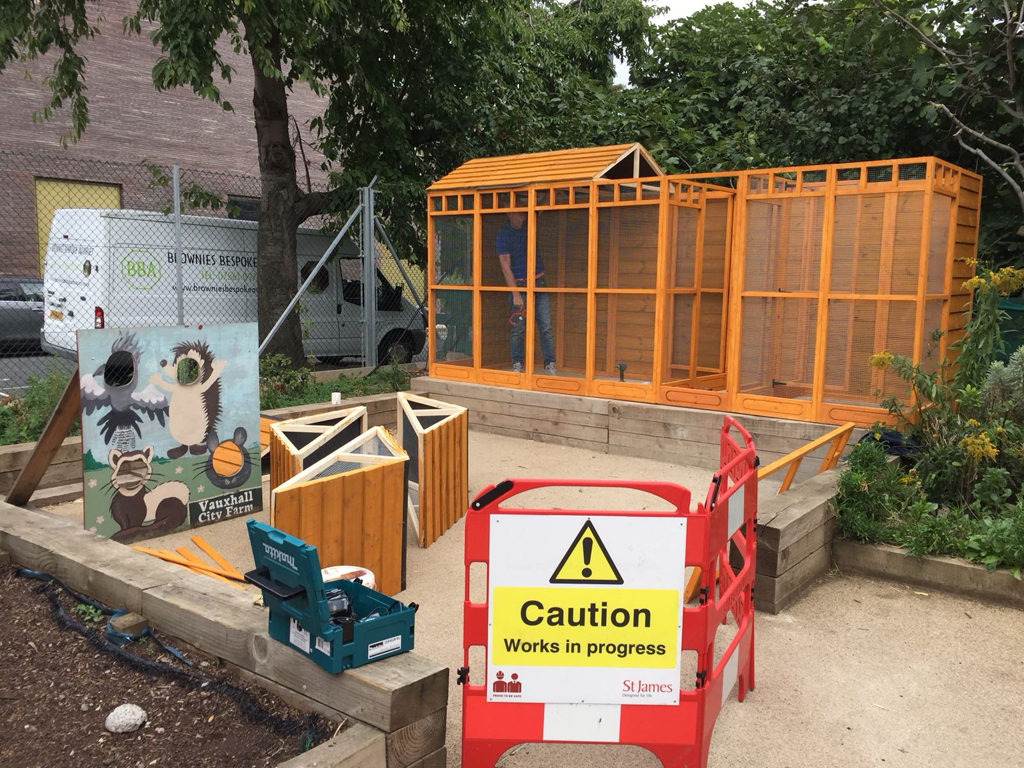 Vauxhall City Farm recently replaced their old aviary for a Brand new Brownies Bespoke Aviary, providing an exciting new addition to the farm.